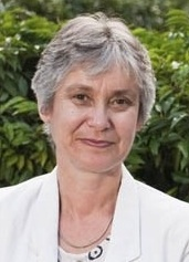 Elisabeth Goodman is an experienced and certified practitioner in change management, Lean Six Sigma, MBTI, and an expert in knowledge management